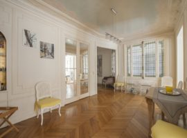 APPARTEMENT FAMILIAL / PASSY